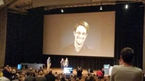 Snowden spreekt het CCC hackercongres toe vanuit Moskou, December 2016, foto Dorien Zandbergen